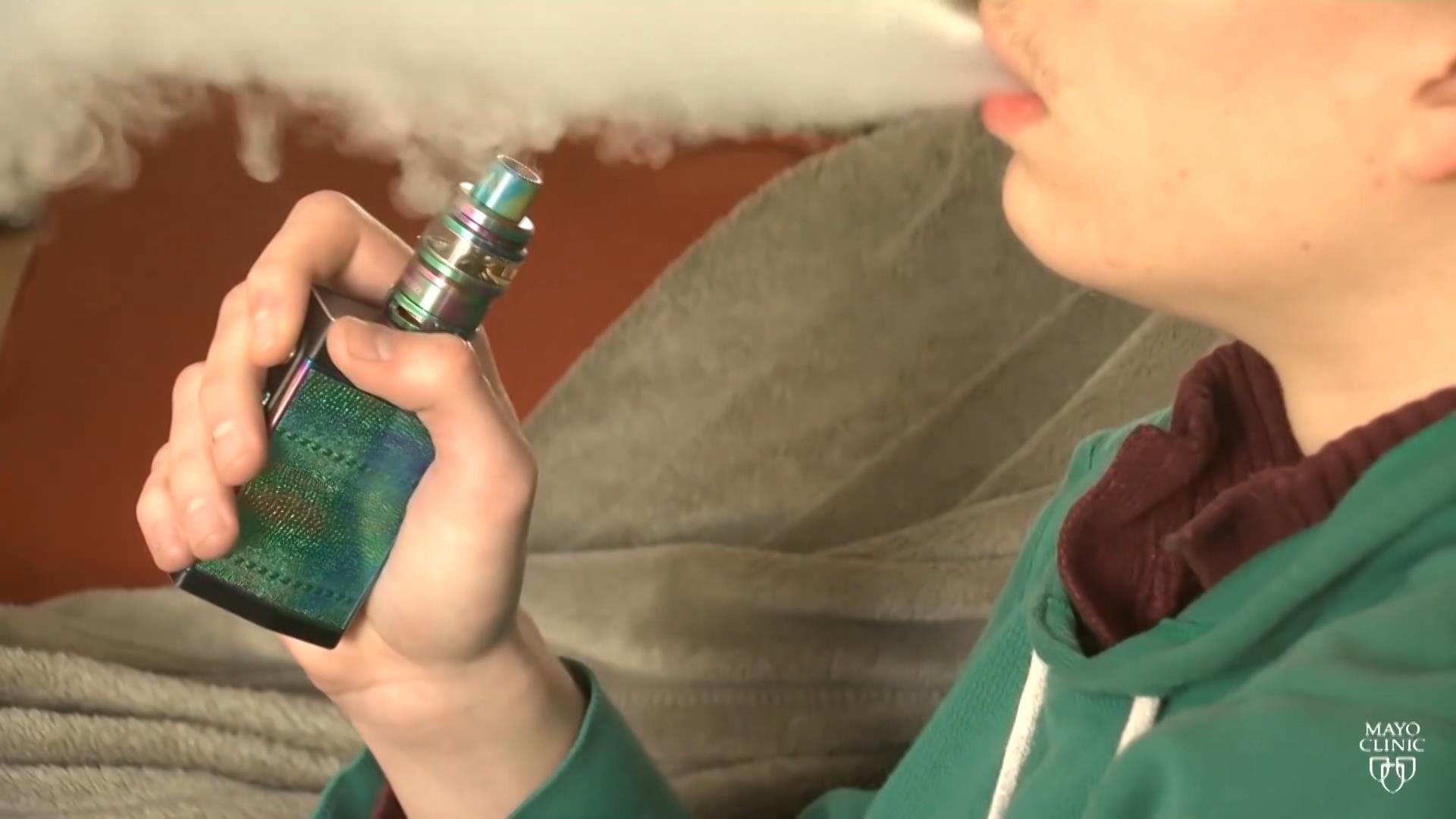 Khuyến cáo cấm lưu hành thuốc lá điện tử